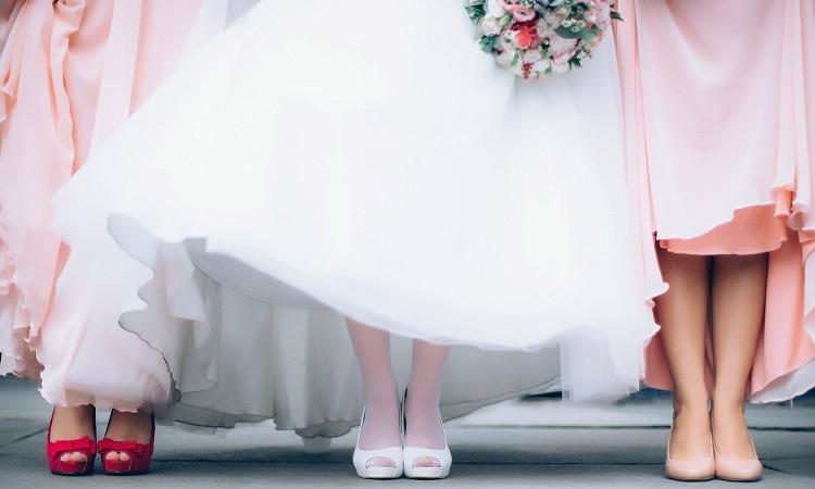 2020年に流行るウエディングドレスとは?何がおすすめか紹介!